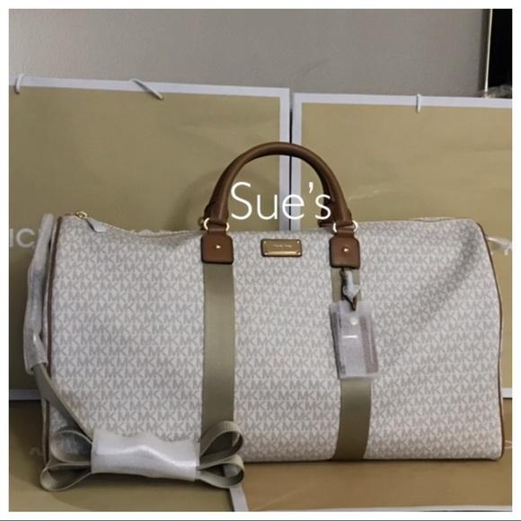 e50b7da97059 Michael Kors Bags | Nwt Mk Jet Set Travel Xl Duffle Bag Vanillaacorn ...